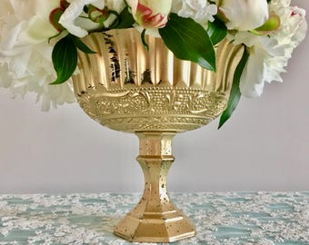 Metallic Old Hollywood Arrangement Yellow Gold Wedding Table Centrepiece Wedding Vases Votives Candle Holder Floral Round Vase Mercury Glass