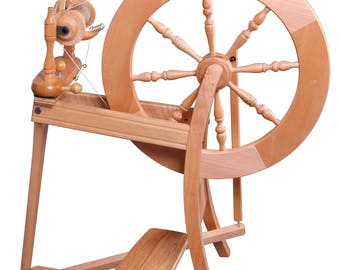 Traditional Spinning Wheel Double Drive