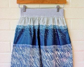 Gathered Skirt in Blue Cotton Linen fabric with pockets. Dirndl Skirt. Midi Skirt. Linen Skirt. Circle Skirt. Japanese fabric.