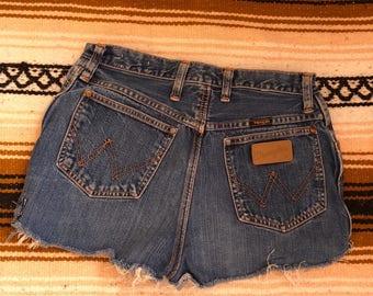 Vintage wrangler shorts womens size 31