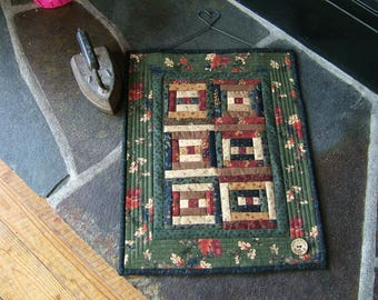 Courthouse Steps Miniature Wall Hanging (Item #259)