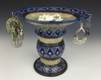 Ceramic jewelry pedestal, Ceramic jewelry bowl, ceramic ring dish, pottery earring bowl, earring holder, sgraffito pottery