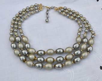 1950s Triple Strand Graduated Pearly Beads Necklace Pale Greyish Green Adjustable Length