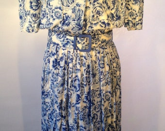 Karin Stevens Floral Dress // Blue & White // Vintage Dress // Designer Clothing // Size 12 // NEVER WORN!