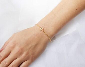 bridal bracelet,  Natanaelle, square bracelet, wedding jewelry, wedding bracelet, bracelet, bijoux, silver bridal bracelet, Crystal wedding