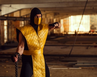 Scorpion ninja cosplay costume from Mortal kombat video game, Halloween costume, MK assassin outfit