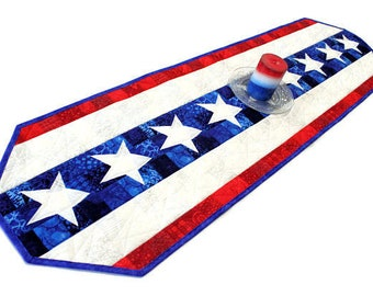 Patriotic Table Runner Quilt, Red, White and Blue Quilt, 4th of July, Independence Day Quilted Runner, Quiltsy Handmade Patchwork Quilt
