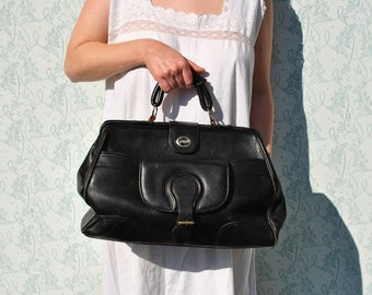 Black leather bag, black leather purse, leather doctor bag, large leather bag, leather weekender bag, black doctor bag, black handbag