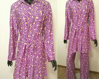 Vintage Deadstock New with Tags Floral Mod Boho Polyester 2 Piece Palazzo Pantsuit with Tunic Top High Waisted Wide Leg Pants 1960s-70s