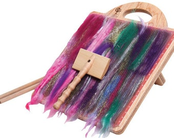 Ashford Blending Board + Free Bonus fiber! Make art rolags for felting and spinning.