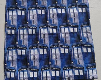 Doctor Who Tardis cuchion cover
