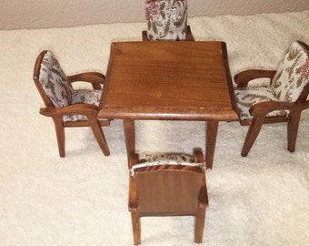 Miniature Table and 4 Chairs set