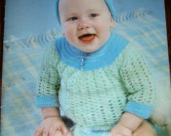 vintage knit crochet patterns ... Beehive PRETTY BABY Patons Patterns leaflet pattern ...