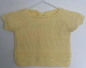 12 yellow short sleeve top
