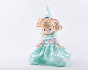 Vintage Doll, Blonde, Precious Moments, Green Dress, Collectible, Blue Eyes, Princess, Sweet, Fantasy ~ The Pink Room ~ 170403