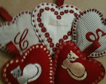 Embroidered hearts red and beige to hang