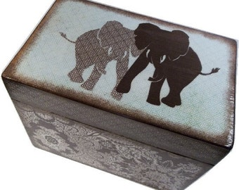Recipe Box, Wood Recipe Box, Decoupaged Recipe Box, Elephant box, Wedding Recipe Box, Bridal Shower Box, Holds 4x6 Cards, MADE TO ORDER