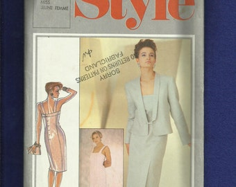 1985 Style 4393 Designer Bruce Oldfield Fitted Back Button Dress & Shawl Collar Jacket Size 14 UNCUT