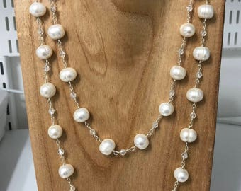 Freshwater Pearl Necklace with crystals.