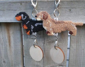 Dachshund Wirehaired crate tag dog doxie, hang anywhere, decorative hanger art, Magnet Option, Choose your color