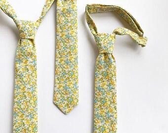 Boys Yellow Floral Pre-Tied Adjustable Necktie
