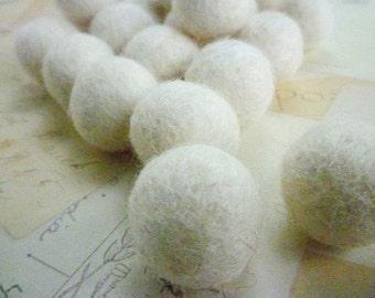 Felt Balls x 10 - White - 2cm