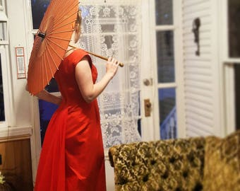 Vintage late 40s 40's 1940s 1950s 50's 50s Parasol Red Silk Carved Bamboo 1950's