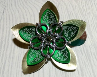 Brushed gold and green Celtic hair flower