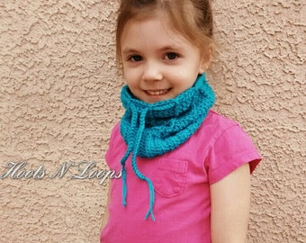 PATTERN ONLY-Ribbed Bun Hat and Cowl