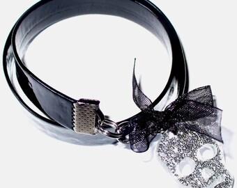 Vinyl glitter skull bracelet Kit and its instructions