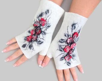 Felted Fingerless Gloves Fingerless Mittens Arm warmers Wristlets Merino Wool Black White Red