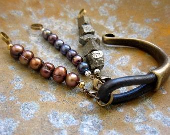 Leather Bracelet,Womens Leather Bracelet,Pearl Leather bracelet,Pearl Bracelet,Pyrite Bracelet,Womens Leather Braclet,Freshwater Pearl,Boho