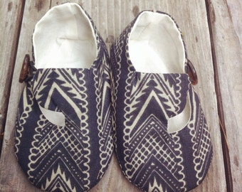 Baby Boy Shoes, Navy Hipster Loafer, Soft Sole Baby Shoes, Modern Baby Booties, Toddler Slippers,