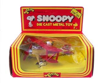 Seltene Vintage 1970er Jahre Druckguss Peanuts Snoopy Metall Spielzeug  Flugzeug Charlie Brown Woodstock Rote Baron Modellauto