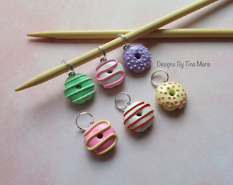 Donut Stitch Markers for knitting x 6 Doughnut Miniature Food Polymer Clay Charms Cute Fimo Charms Cake Stitchmarkers