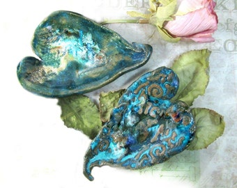 Heart dish,  trinket dish,  birthday party favor,  bridal shower favor, ring holder,  ceramic heart dish -  2 hearts -  #32