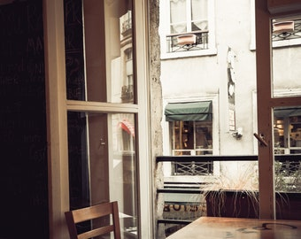 Cafe Calm, Paris, France