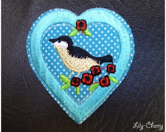 Embroidered patch fusible blue heart with dots and 1 x bird