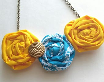 Rolled Fabric Rosette Flower Necklace