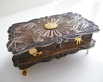 Vintage Sterling Silver Filigree Jewelry/Trinket Box, Hinged Lid from Peru, Large Size, Gold Plate Figures, Personalized