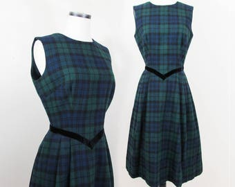 1950s Wool Plaid Dress - Jumper by Hayette - Navy and Green plaid - Sm