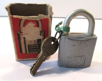 Vintage 1960's Chicago Lock Co. padlock, two keys, original box no.1741