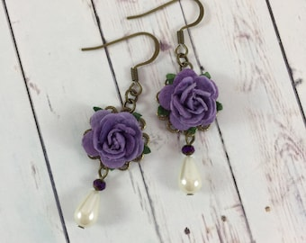 Flower and Pearl Earrings with Dark Purple Roses // Spring Wedding Style // Bridesmaid Gift Idea