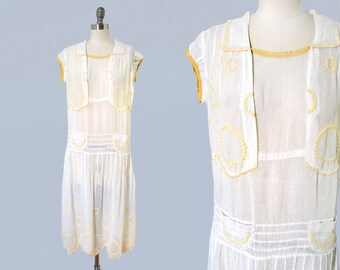 1920s Dress / 20s Embroidered Cotton Day Dress /Yellow and White / Pockets / Pin Tuck Details / Adorable!