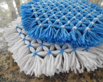 Retro Woven Kitchen Trivet, Delft Blue Trivets, Yarn Hot Pads, Yarn Serving Mat, Yarn Trivet, Woven Mat, Blue Hot Pad, Blue and White Trivet