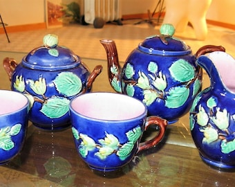 Vintage Antique Majolica Tea Service for 2, with cups, cream pitcher/jug, Tea Pot, sugar bowl, Blue Background, Tête-a-tête tea set