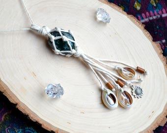 Moss Agate - Moss Agate Jewelry - Moss Agate Necklace - Moss Agate Pendant - Macrame Jewelry - Macrame Necklace - Macrame Pendant - Agate