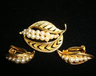 Trifari Style Clip Earring and Pin Set FREE SHIPPING