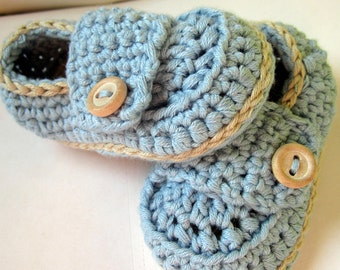 Crochet Baby Booties, Organic Cotton Little Button Loafers // sizes Newborn to 12 months available.