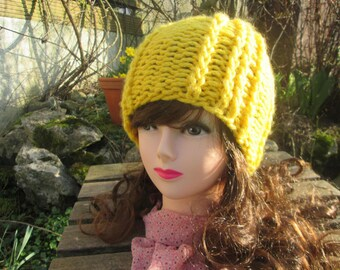 Vicky yellow Knit Beanie